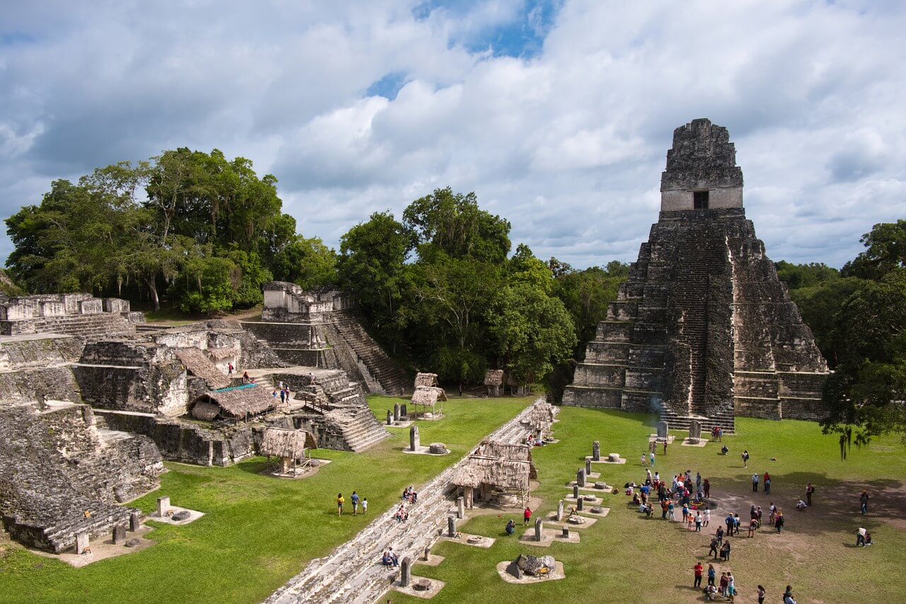pyramid-5408477_1280